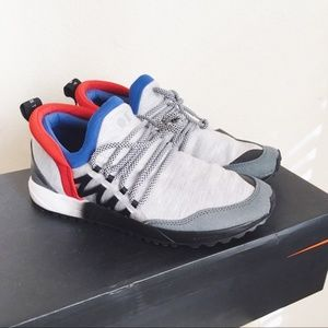 NWT Heather grey/red/blue fabric fashion sneakers